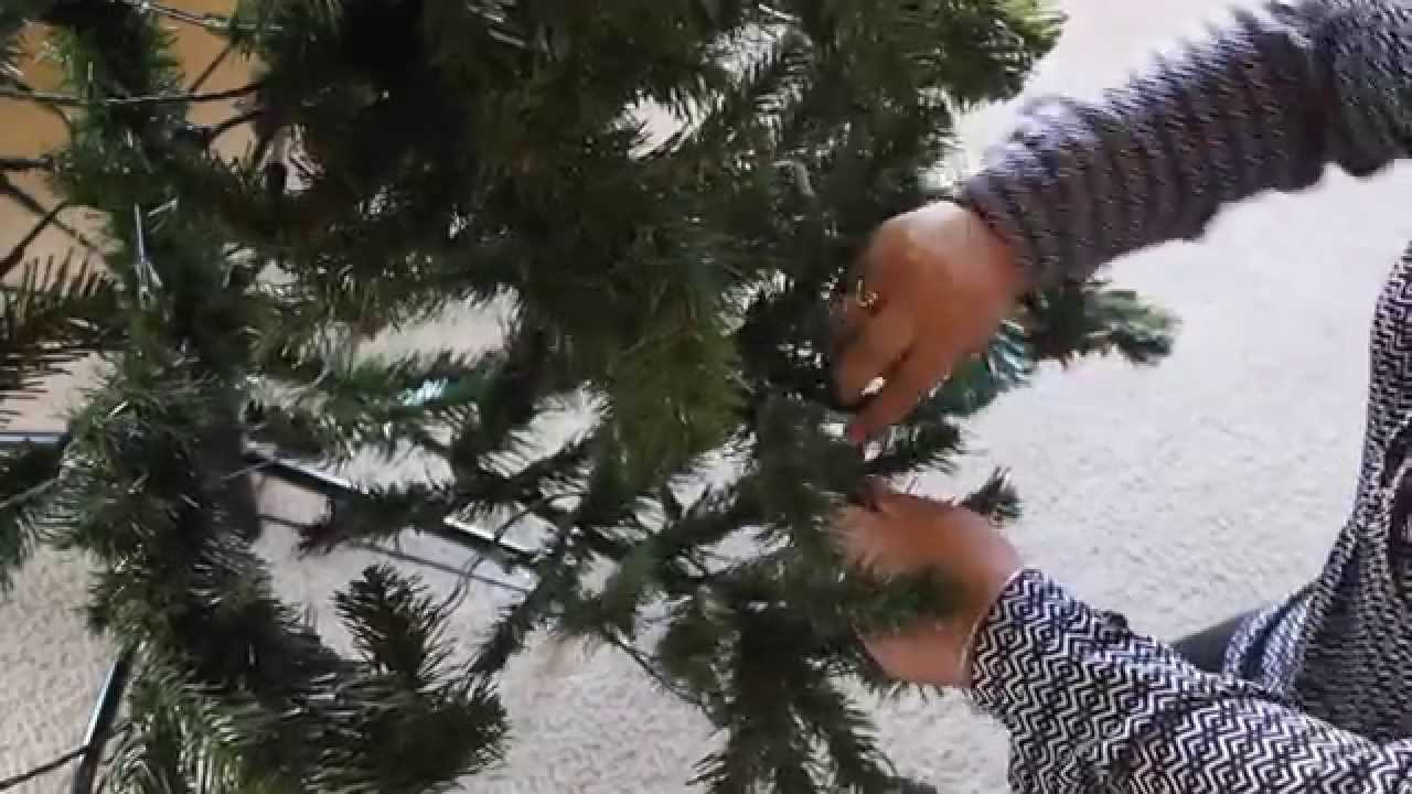 Artificial Christmas Tree Setup