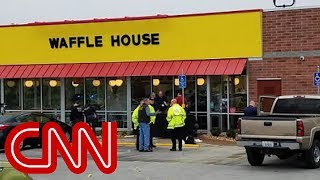 4 killed at Tennessee Waffle House as police search for seminude suspect