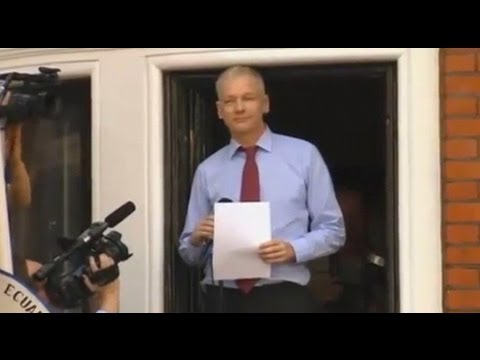 Pressure Put on Manning to Implicate Assange
