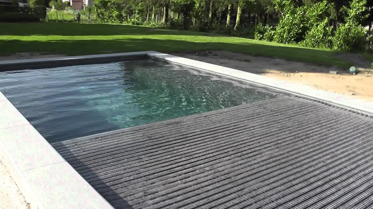 Bbpools grijs zwembad met inbouw rolluik youtube for Zwembad inbouw
