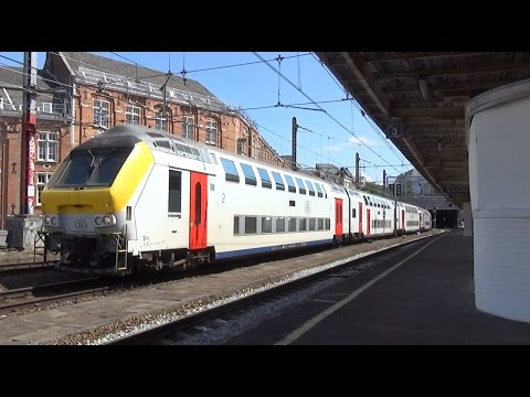 M6 + HLE 1822 komt door Station Brussel-Kapellekerk