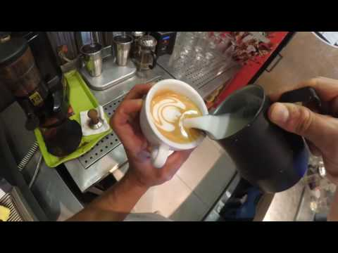 Best latte art barista