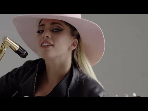 Lady Gaga - A-YO (Video) - Sub Español