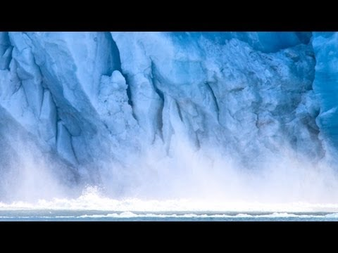 Glacier Collapse Caught on Video, Creates Huge Wave [HD]