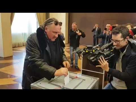 Gérard Depardieu a voté pour l'élection présidentielle russe