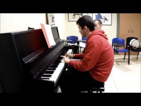 Autismo y Musicoterapia.. Cent...