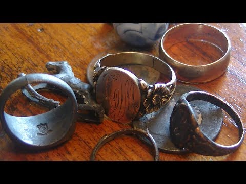 Metal Detecting Antique Gold Rings From An Old Swimming Site