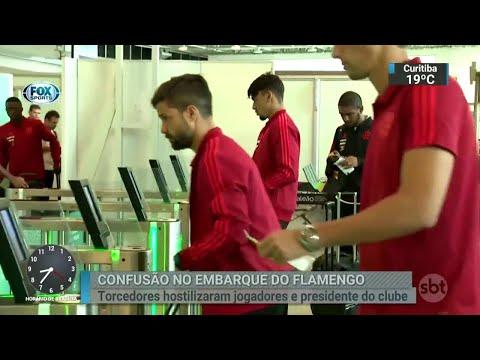 Flamengo embarca para a Colômbia em clima de protesto   SBT Brasil (23/04/18)