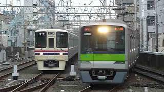 都営新宿線10-300形区間急行「本八幡行き」笹塚駅到着