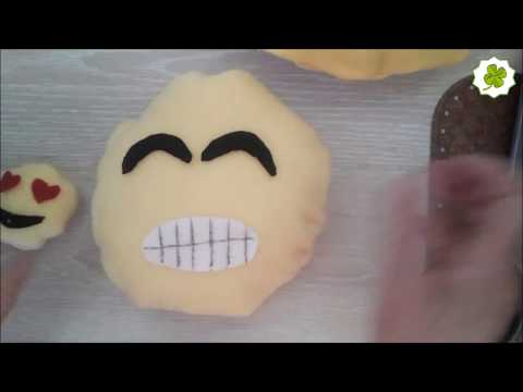 Desire Deluxe Emoji Kissen bunter lächelnder Kackhaufen Braun Poo Emoticon...