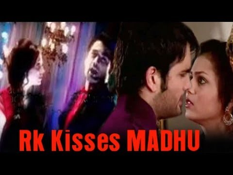 Download RK KISSES Madhubala in Madhubala Ek Ishq Ek Junoon 10th September 2012