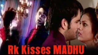 RK KISSES Madhubala in Madhubala Ek Ishq Ek Junoon 10th September 2012
