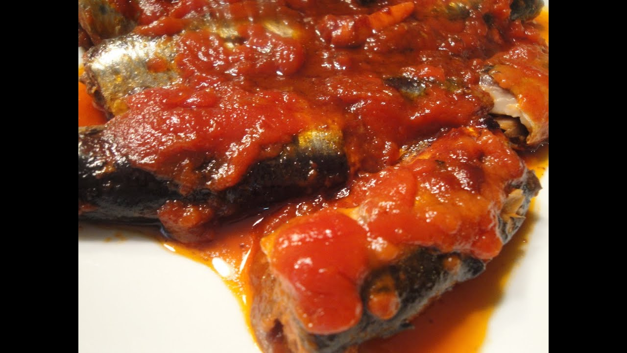 Pinoy sardines in tomato sauce youtube for Translate fish to spanish