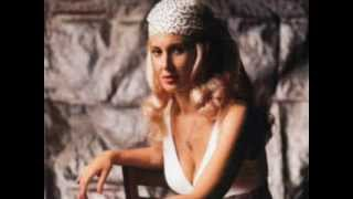 Watch Tammy Wynette Theres No Heart So Strong video