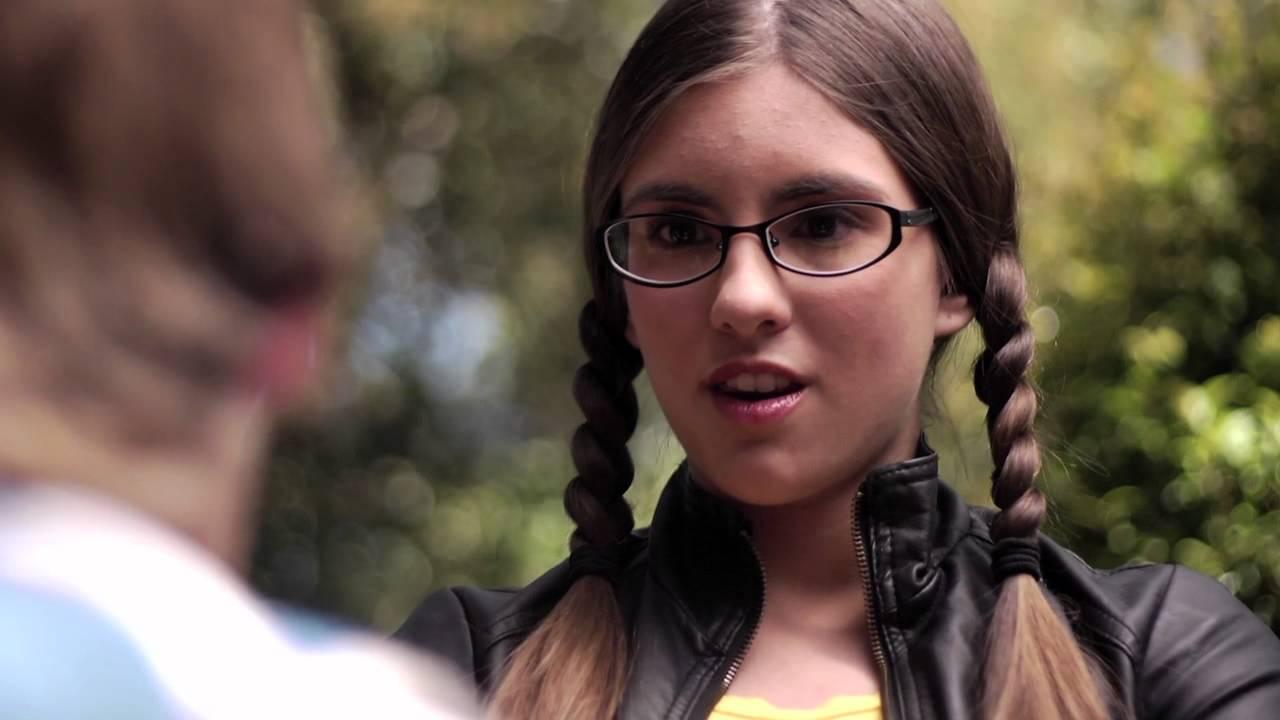 Diana Smendra Demo Reel 2020 - YouTube