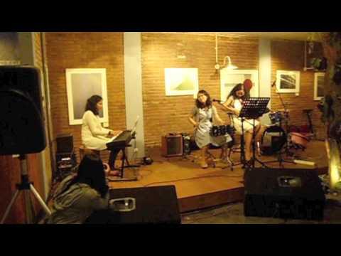 Pepaya cha cha - Nona Ria Trio