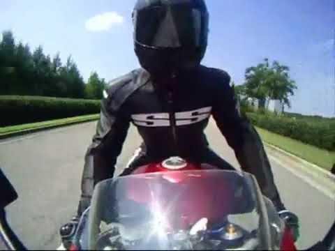 Knee Dragging Alabama Style, Yamaha R1