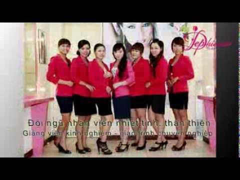 Trang điểm cô dâu đẹp tại Hà Nội, địa chỉ dạy trang điểm cô dâu tự nhiên