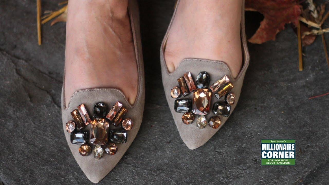 34feb60dfb64 Heather s Couture Corner - Tory Burch Mayada Smoking Flats - YouTube
