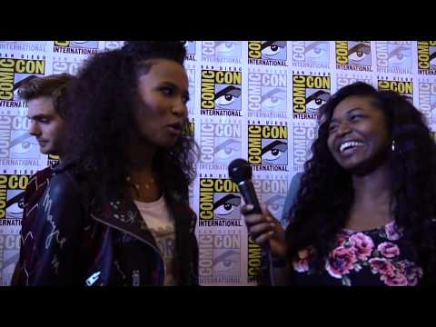 Fola Evans-Akingbola Talks Siren and Nerdy Things at SDCC 2018