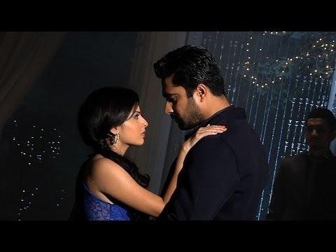 Shlok And Astha's Romantic Dance - Iss Pyaar Ko Kya Naam Doon... Ek Baar Phir
