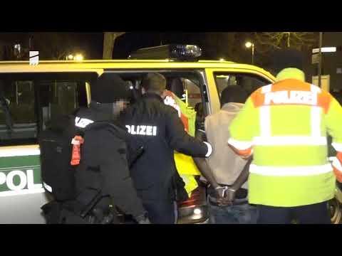 Ankerzentrum Bamberg: Tumulte und Angriffe auf Polizisten - Steinewürfe und ein Brand