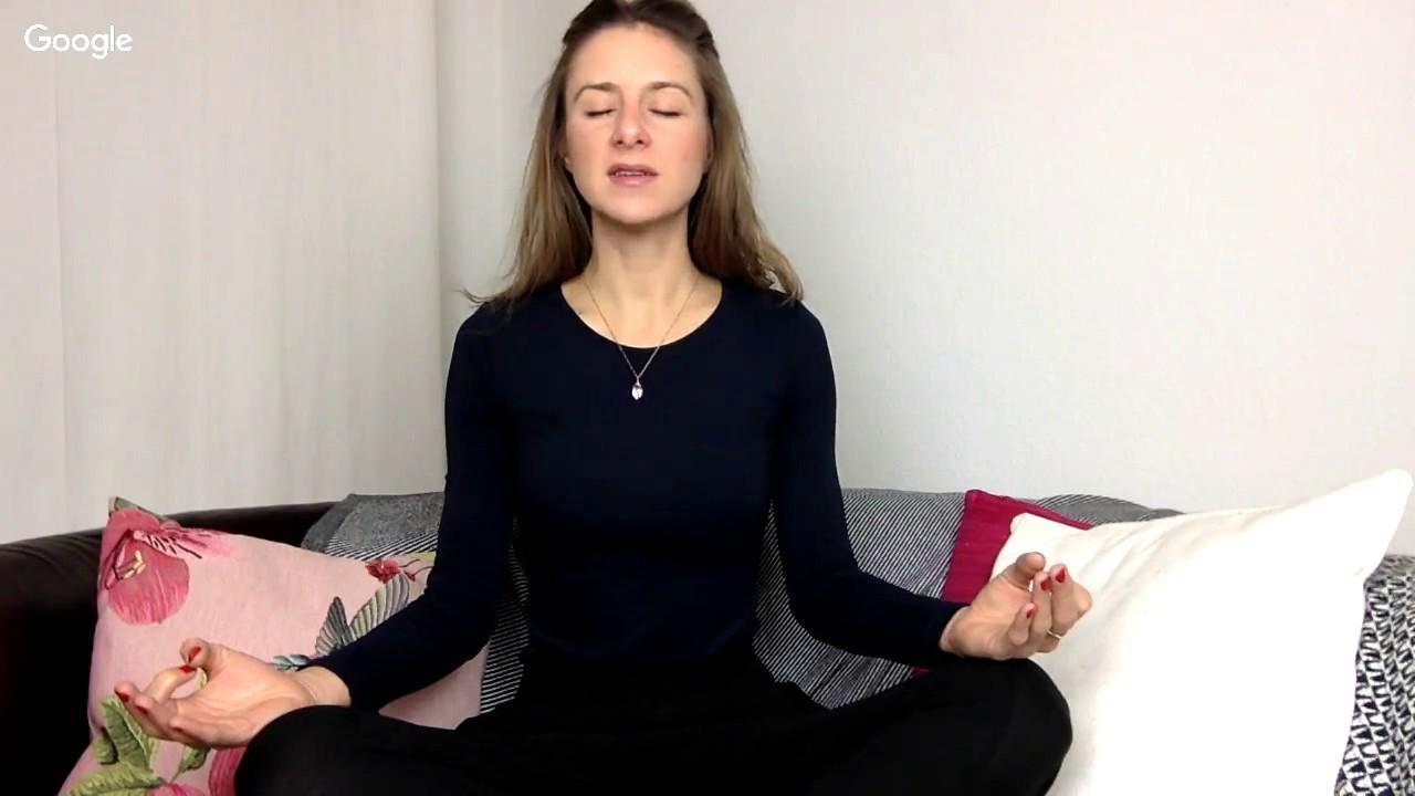 heile dein herz meditation mit laura seiler live aufzeichnung 7am club youtube. Black Bedroom Furniture Sets. Home Design Ideas