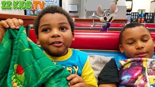 24 Hours Challenge At Chuck E Cheese and Our Kitchen! ZZ Kids TV