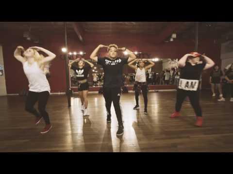 Numb  @AgustAlsina  @GuyGroove Choreography