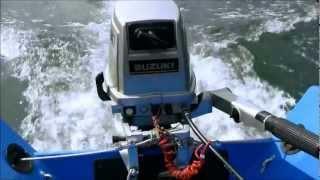 Suzuki DT 9.9 PS Zweitaktaußenborder - der ideale Beibootmotor