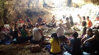Hey Hey Govinda - Mother Cave Mantra Session