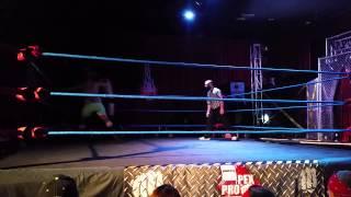 Evan Craig vs Mr. Fitness Slim Trimmons