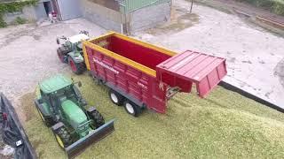 ensilage de maïs 2019 ensileuse claas jaguare et 6 tracteur et benne et 2 aux silo