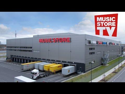 Das High-Tech Lager des Music Store in Köln