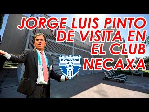 Jorge Luis Pinto Visita el Club Necaxa.
