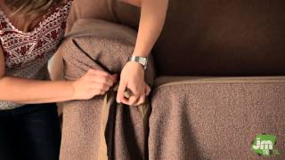 Si vous cherchez l'élégance pour votre salon, nos housses à nouettes sont votre meilleure option. Sur cette vidéo, vous verrez comment revêtir votre canapé de ...
