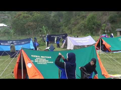 Pendirian Tenda Kuntum Putri Qobilah SMP Muhammadiyah PK Ska
