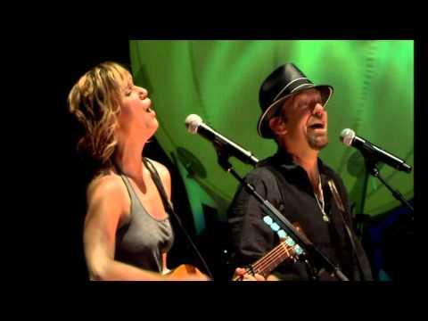 "Sugarland -  ""The One I love""   (Live, With lyrics )"