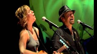 "Sugarland -  ""The One I love""   (Live, With lyrics ) Video"