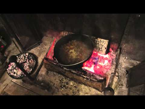 cuisiner-au-feu-de-bois