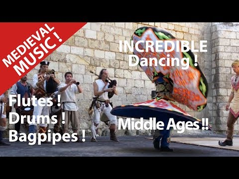DERVICHE DANCER TANOURA TOURNEUR.TRADITIONAL MEDIEVAL SONG MIDDLE AGES .
