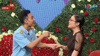 Cô gái Quy Nhơn bật cười vì chàng bộ đội Thanh Hóa hát tỏ tình XỤI LƠ cực kỳ miễn cưỡng 😂