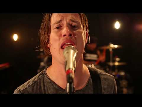 Jonny Lang - Stronger Together (Official Music Video)