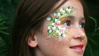 Fee schminken mit Glitzergel-Effekt - Blumen-Fee Kinderschminken Anleitung