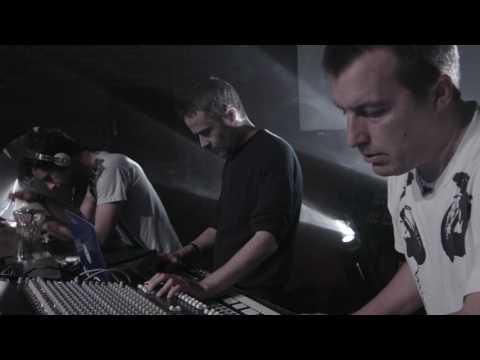 PLAID - Live Session - 'Nafovanny' - 'Wallet' - Warp -  London - Soundcheck.tv