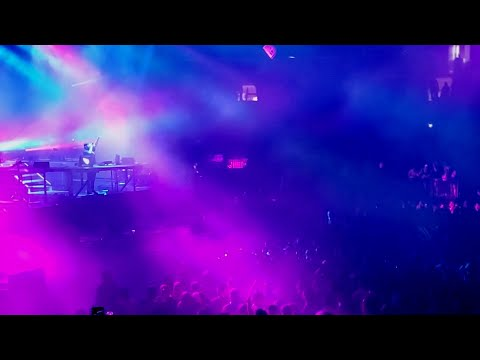 Illenium - Takeaway (LIVE At MSG, NYC) 9/21/19