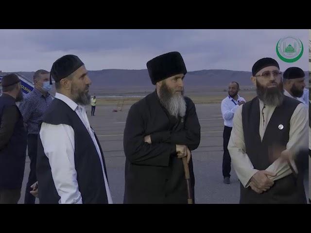 Тело Шейха Ахмада Аш-Шазалий (Да помилует его Аллах) отправили чартерным рейсом на его родину