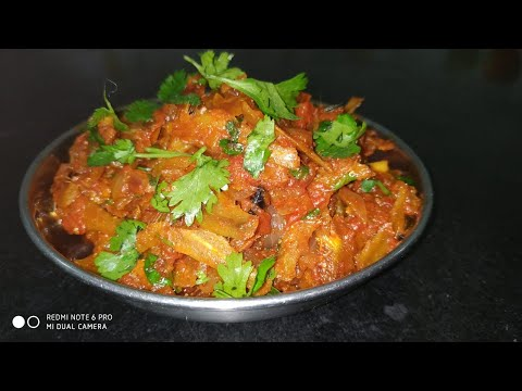 Small Dry Fish Masala || Dried Sprats Recipe || Cooking Dried Sprats In Karwar Style.