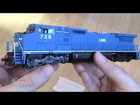 Opening the GE Dash 8 in LMS by Bachmann