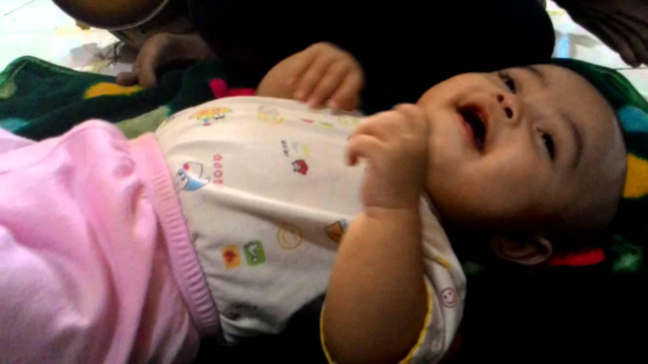Membangun Keakraban Batin Antara Ibu Dan Bayi Dengan Ragam